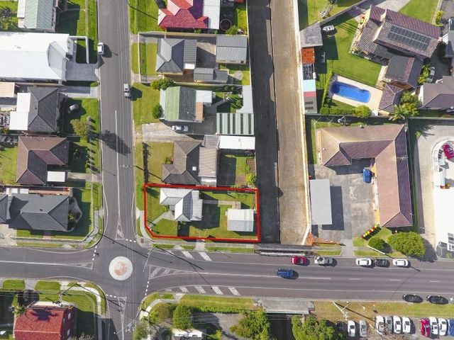 10 Woodford Avenue, Warilla NSW 2528