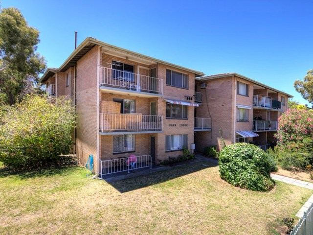 2/25 The Avenue, Crawley WA 6009