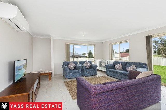 1 Colls Close, NSW 2582