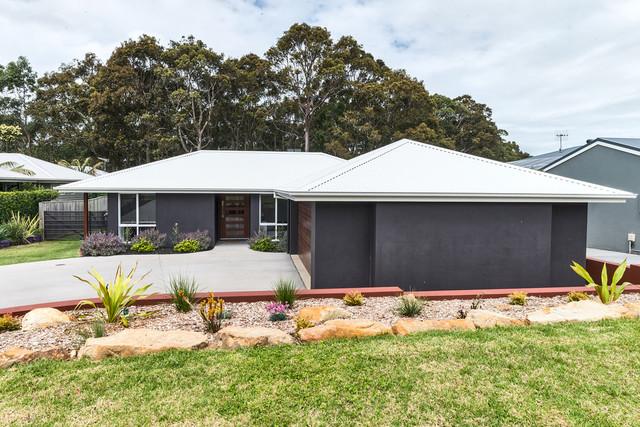 15 Wuru Drive, Burrill Lake NSW 2539