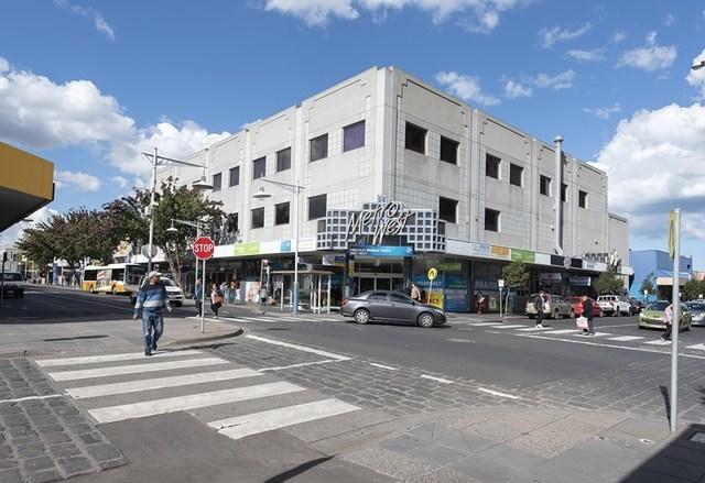 136/Corner of Albert & Paisley Street, VIC 3011
