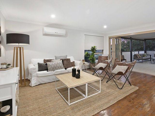 50 MacRossan Avenue, Norman Park QLD 4170
