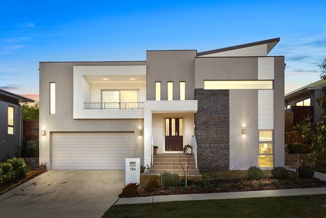124 Langtree Crescent, Crace ACT 2911