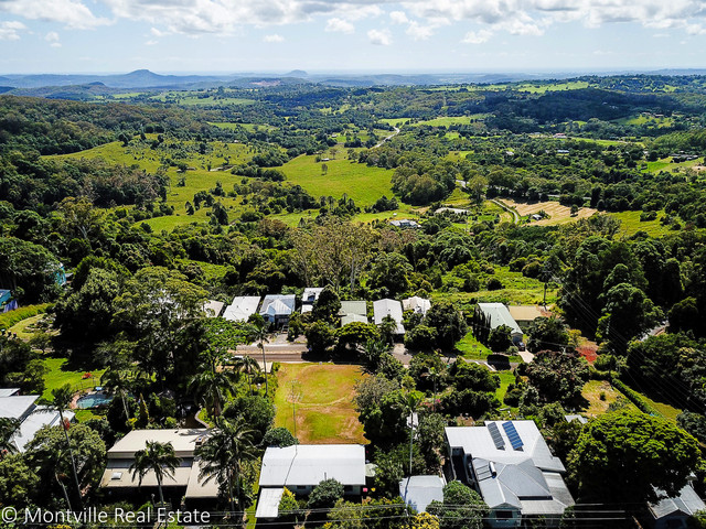 11 Lantana Lane, Mapleton QLD 4560