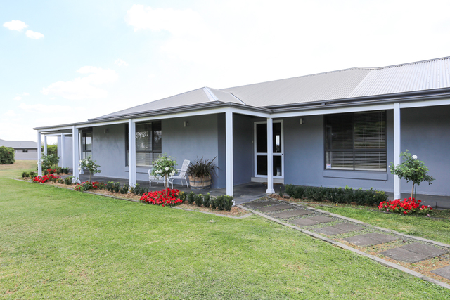 63 Blue Ridge Drive, White Rock NSW 2795