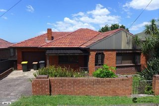 27 Northcliffe Drive