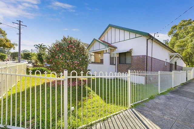 35 Woodside Ave, Burwood NSW 2134