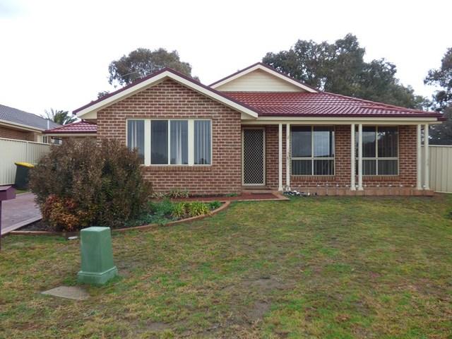7 Parkview Crescent, Harden NSW 2587