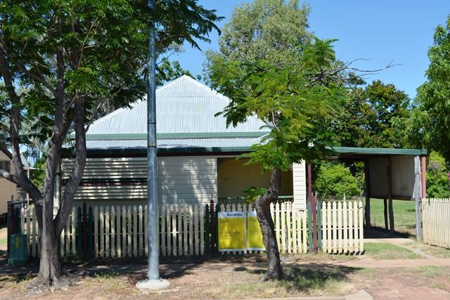 45 Oak Street, Barcaldine QLD 4725