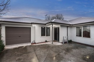 2/7 Laurie Avenue