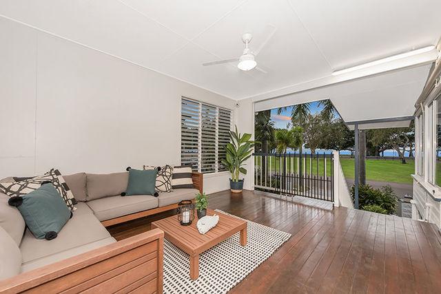 20 Palm Street, Rowes Bay QLD 4810