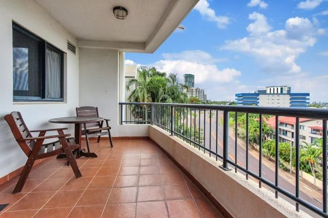 9/24 Harry Chan Avenue, NT 0800