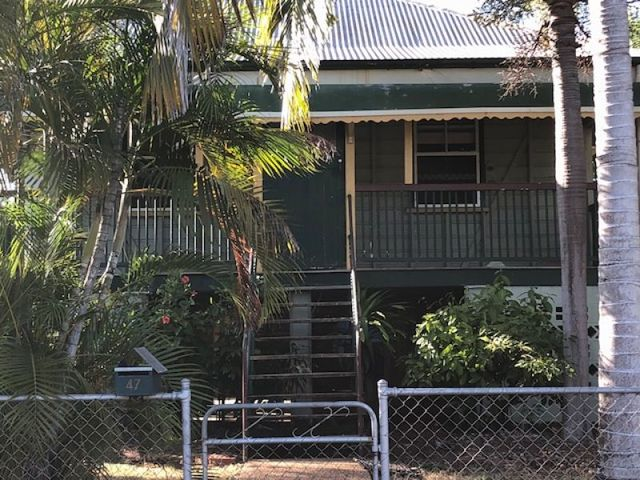 47 Bell St, South Townsville QLD 4810