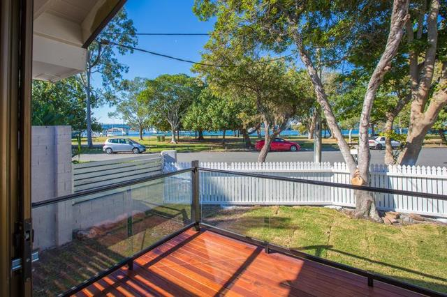 22 The Esplanade, Paradise Point QLD 4216