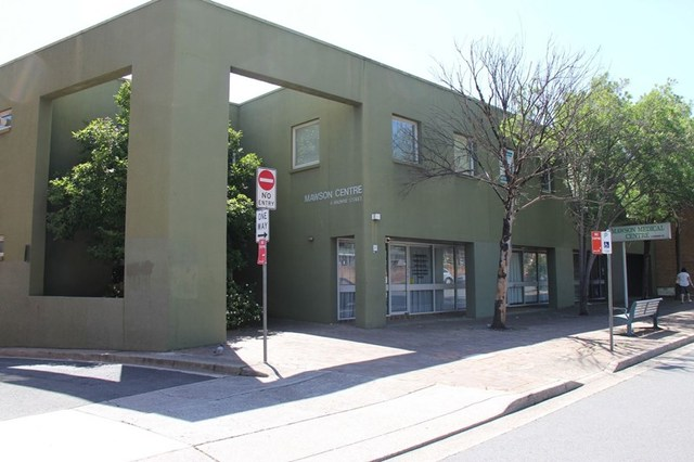 8/4 Browne Street, Campbelltown NSW 2560