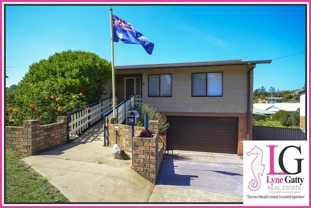36 Salmon Street, Tuross Head NSW 2537