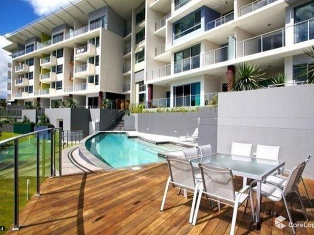 118/2-4 Riverwalk Avenue, Robina QLD 4226
