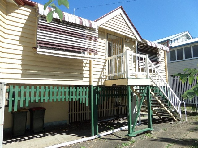 2/210 Newmarket Rd, Newmarket QLD 4051