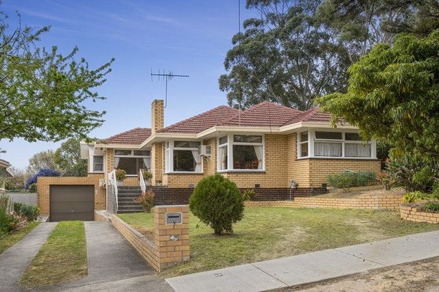 31 Maxia Road, Doncaster East VIC 3109