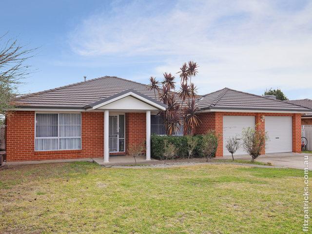 71 Yentoo Drive, Glenfield Park NSW 2650