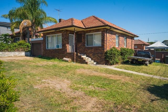 2b Whitworth Street, Westmead NSW 2145