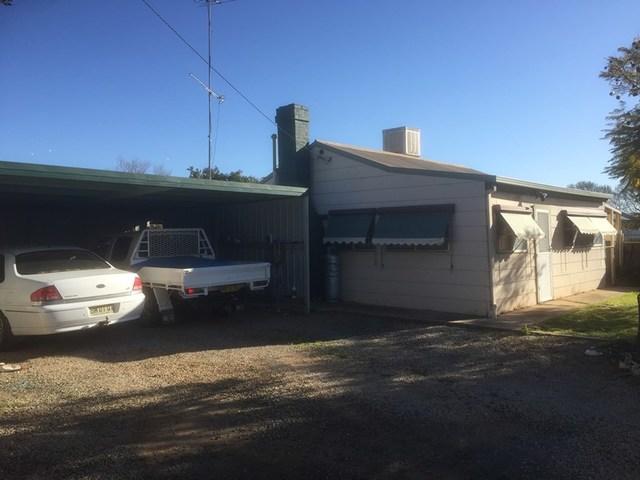 520 Cadell, Hay NSW 2711