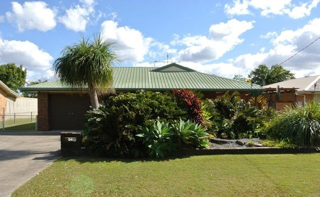 94 Gympie Road, Tin Can Bay QLD 4580