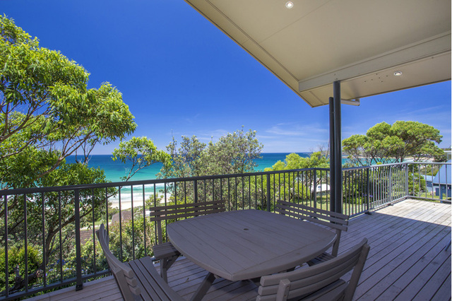 44 Donlan Road, Mollymook Beach NSW 2539
