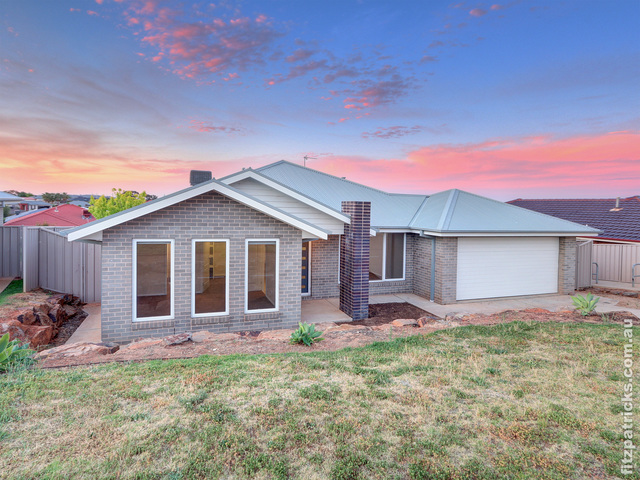 60 Kaloona Drive, Bourkelands NSW 2650