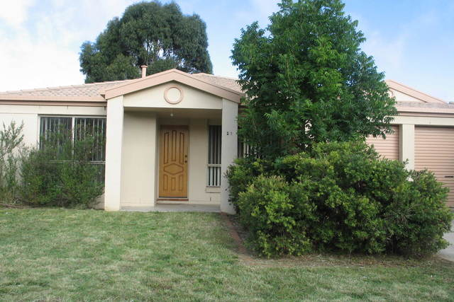 27 Thomas Royal Gardens, NSW 2620