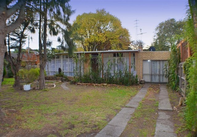513 Ferntree Gully Road, Glen Waverley VIC 3150