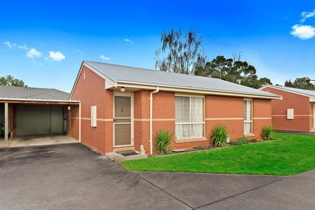 2/21 Ross Street, Colac VIC 3250