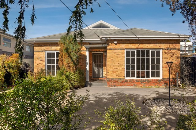 31 Westgate Street, Pascoe Vale South VIC 3044