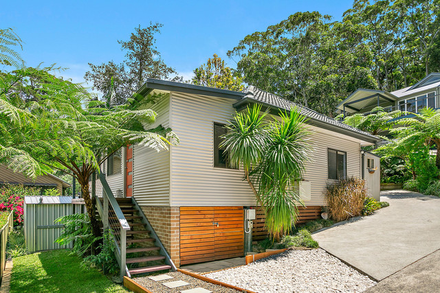 24 Old Coast Road, NSW 2508