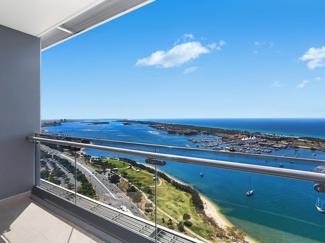 3909/2 Como Crescent, Southport QLD 4215