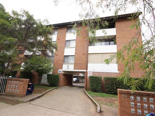 9/5-7 Lachlan Street, Warwick Farm NSW 2170