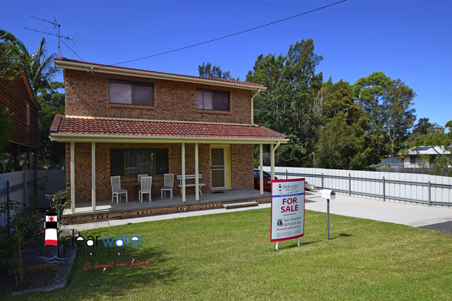 18 Manly St, Tuross Head NSW 2537