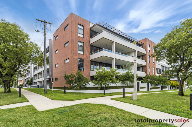 12/20 Eyre Street, Kingston ACT 2604