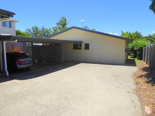3/22 Silvyn St, Redcliffe QLD 4020
