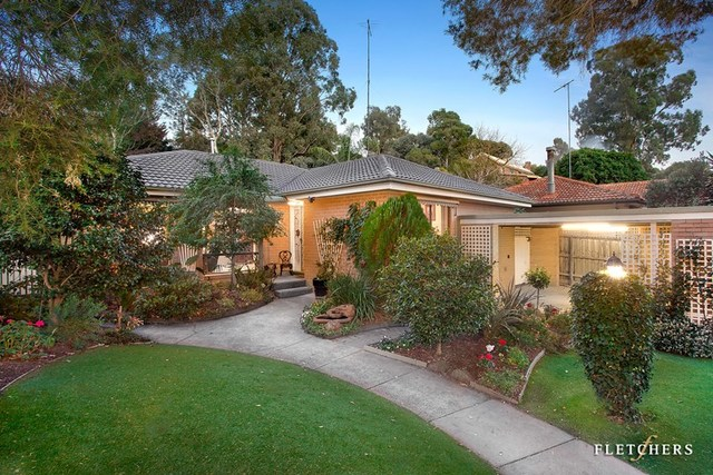 9 Birrakay Court, Greensborough VIC 3088