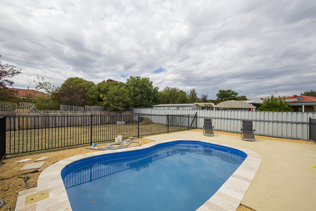 9 Heddon Place, Isabella Plains ACT 2905