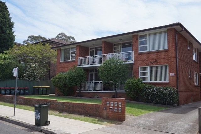 1/15 Queens Road, Westmead NSW 2145