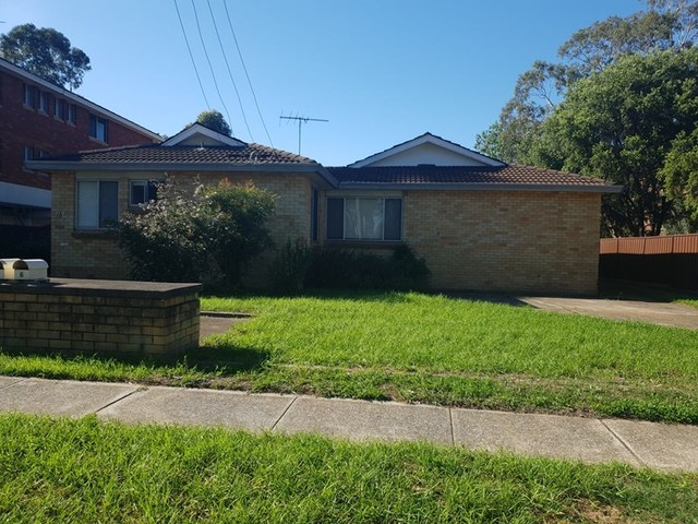 1/13 Santley Crescent, Kingswood NSW 2747