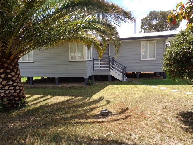 20 Thorpe St, Stanthorpe QLD 4380