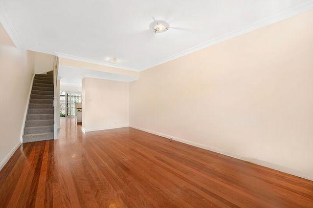 10 Smiths Lane, NSW 2043