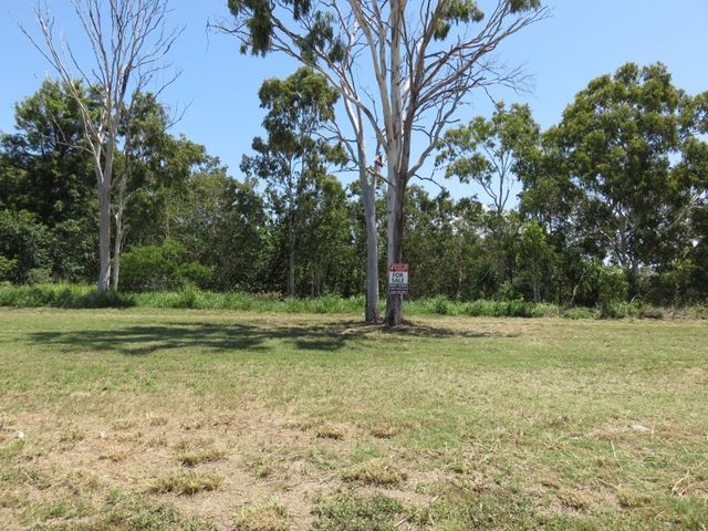 5 (LOT 4) Elle Court, Armstrong Beach QLD 4737