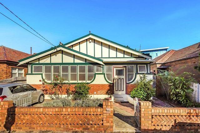 11 Carshalton  Street, NSW 2132