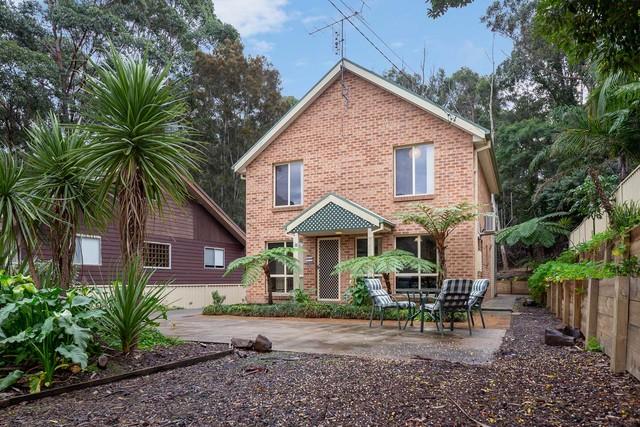 8 Tallawang Avenue, Malua Bay NSW 2536