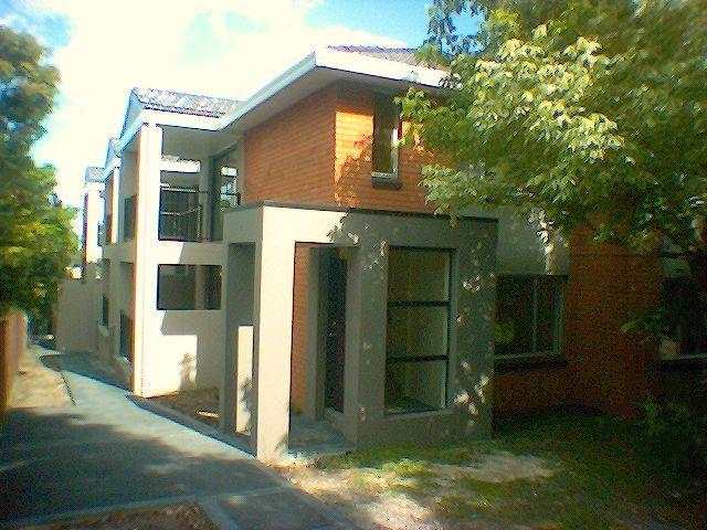 2/11 England Street, West Wollongong NSW 2500