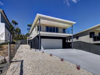 2/3 Gordon Heights